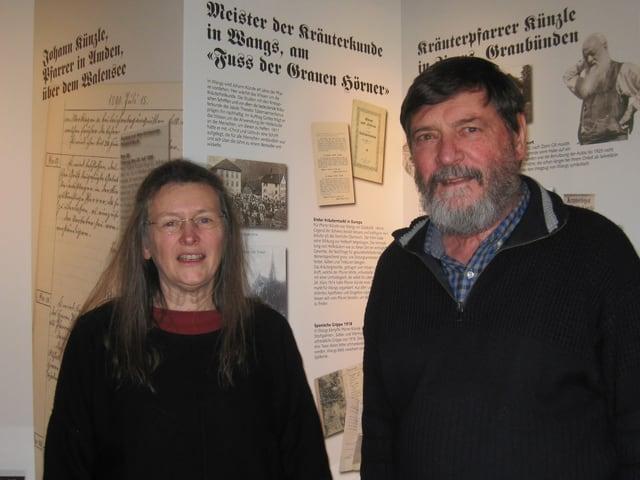 Die Ausstellungsmacher vom Verein «Chrut und Uchrut» Kassierin Anne-Käthi Keller Manhart und Präsident Hanspeter Paoli.