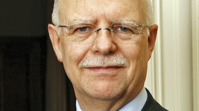 Portrait des Bankenprofessors und Pensionskassenexperten Martin Janssen