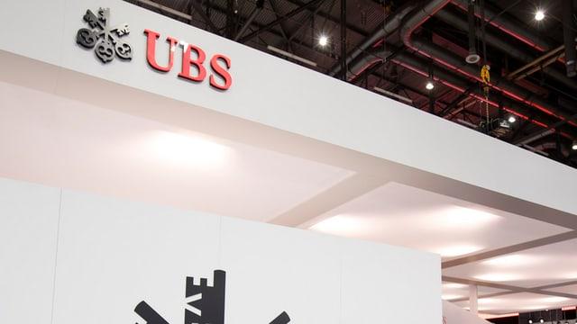 La banca UBS ha era en il terz quartal dal onn nudà in gudogn.