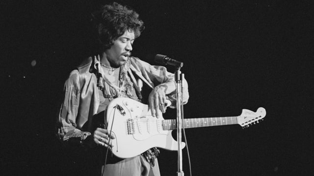 Video «Jimi Hendrix - Hear my train a comin'» abspielen