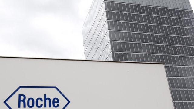 Purtret dal bajetg da la firma Roche a Basilea