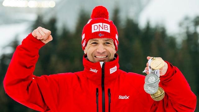 il currider da biathlon Ole Einar Björndalen mussa sias medaglias, duas argient, ina aur