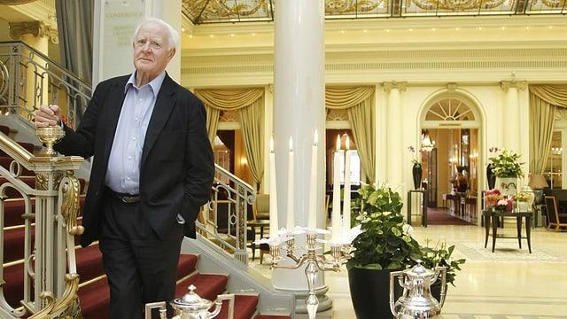 Der britische Schriftsteller John le Carré am 26. September 2010 im Hotel Bellevue in Bern.