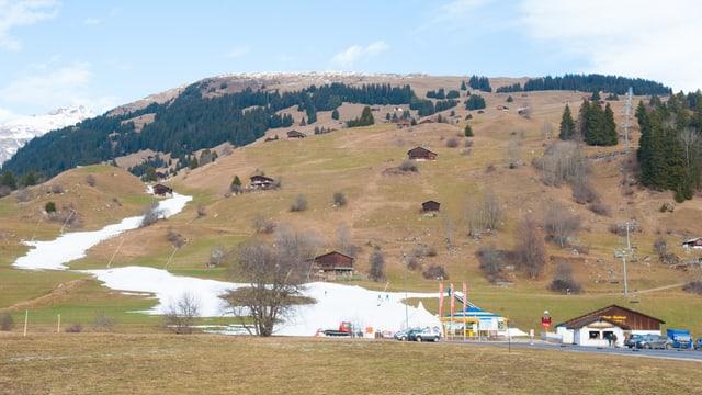 Territori da skis Breil senza naiv.