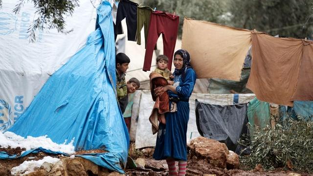 Erleichterter Familiennachzug aus Syrien gilt für nur Eheleute und ihre minderjährigen Kinder.