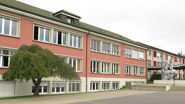 Das Hessgutschulhaus im Liebefeld.