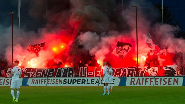 Feuerwerk im Stadion Brügglifeld.