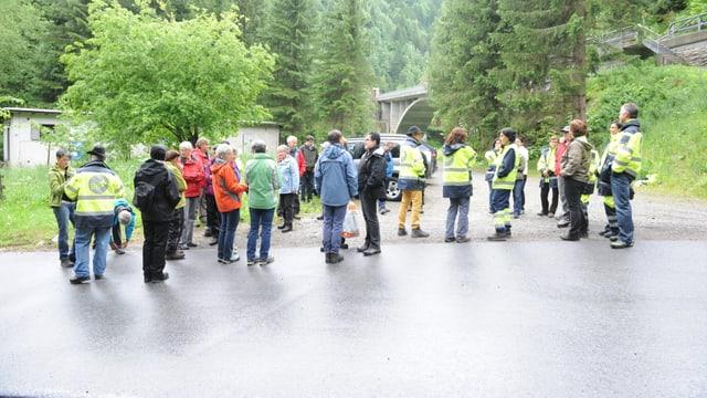 Samaritanas e samaritans da Medel, Tujetsch e Mustér sa rimnan per lur exercizi communabel.