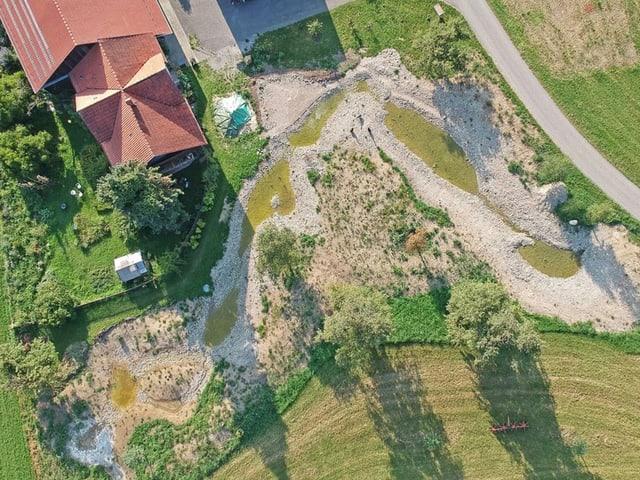 Grundstück der Rossels nach den Renaturierungsarbeiten.