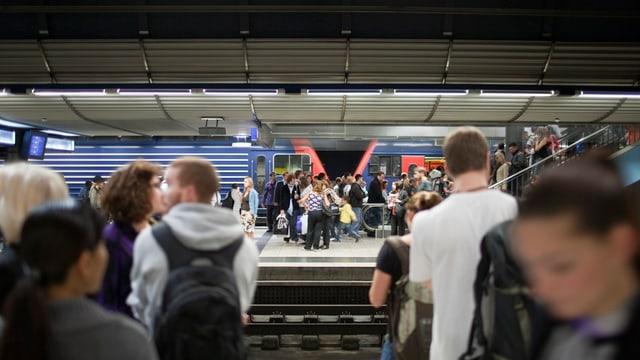 Am Montagmorgen mussten Reisende zwischen Aarau und Zürich mit längeren Fahrzeiten rechnen.