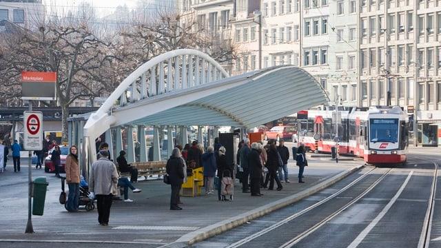 Die Calatravahalle beim Marktplatz im Herzen der Stadt St. Gallen.