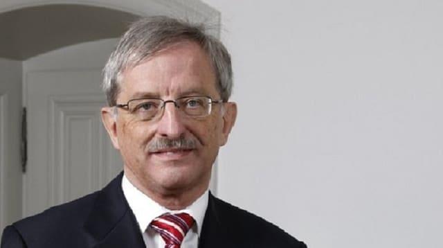L'anteriur cusseglier guvernativ grischun, Hansjörg Trachsel.