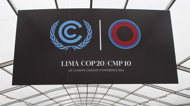 Ein Plakat des Klimagipfels in Lima, Peru.