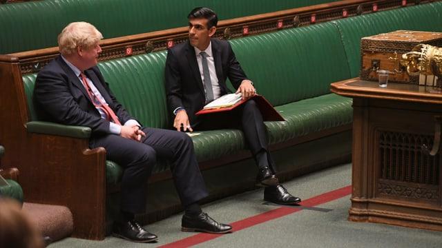 Johnson sitzt im Parlament.