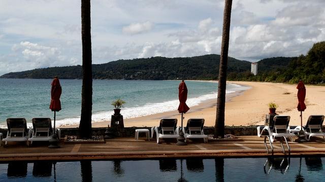 Blick auf Strand in Phuket