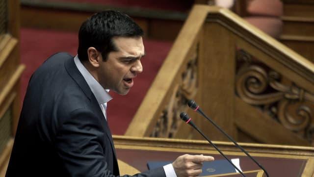 Alexis Tsipras, il primminister grec en il parlament ad Athen.