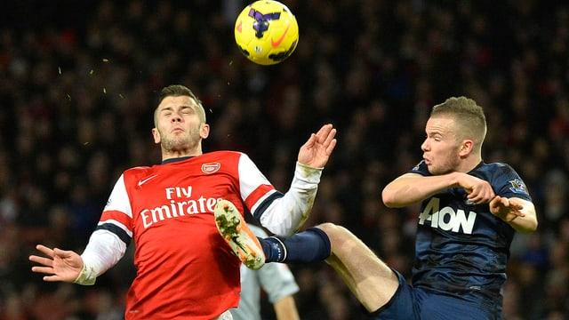 Arsenal (hier mit Jack Wilshere) und Manchester United (Tom Cleverley) trennten sich unentschieden.