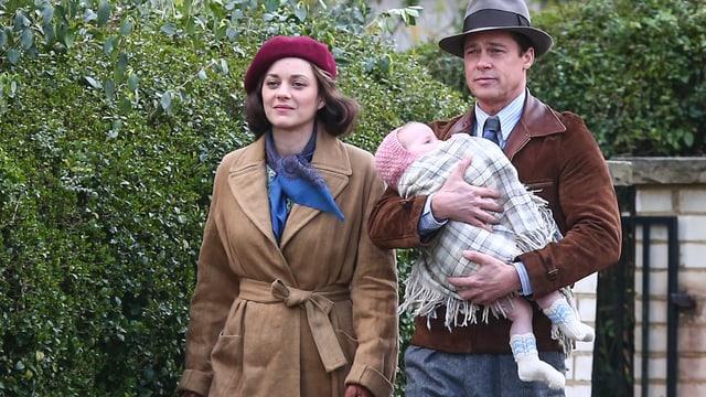 Marion Cotillard und Brad Pitt in «Allied».