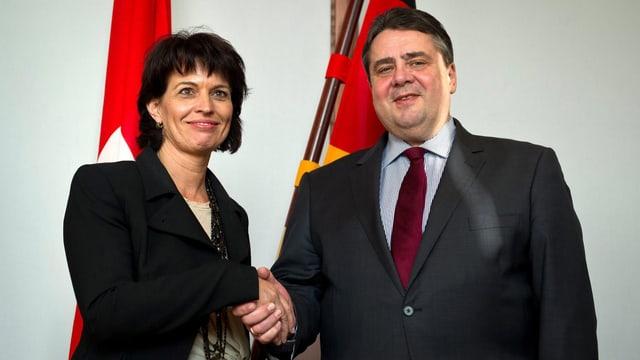 Doris Leuthard mit dem neuen deutschen Energieminister und Vizekanzler Sigmar Gabriel in Berlin