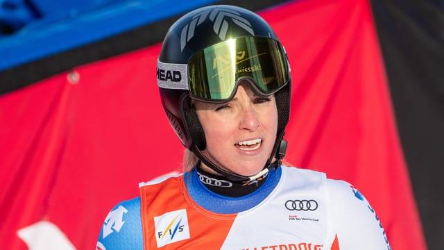 Lara Gut-Behrami im Zielraum eines Skirennens