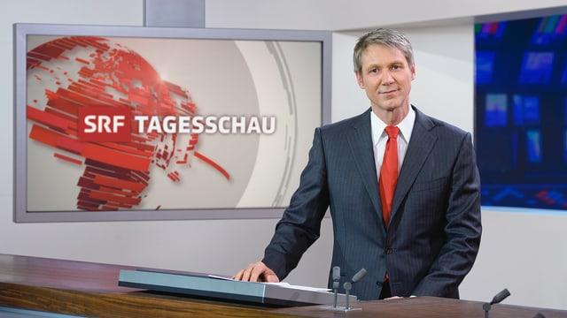 Moderator Franz Fischlin hat sich mit seinen Publikumsgästen natürlich die «Tagesschau» angeschaut.