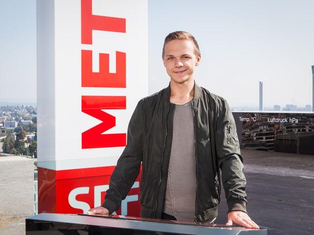 Hermann auf dem Meteodach