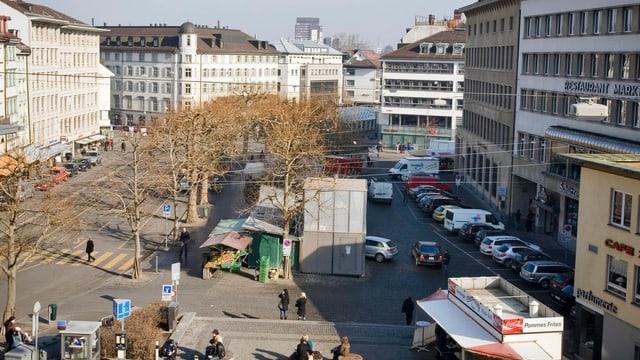 Markplatz St. Gallen mit Parkplätzen