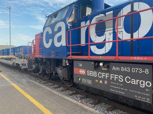 Eine Rangierlokomotive von SBB Cargo im Terminal Dietikon.