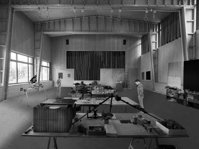 Visualisaziun da l'atelier en la sala da gimnastica.