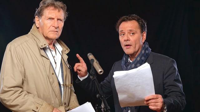 Michael Schacht (links) und Heinz Margot bringen die Maloney-Fälle auf die Bühne.