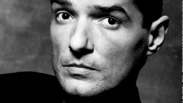 Falco im Schwarz-Weiss-Porträt.