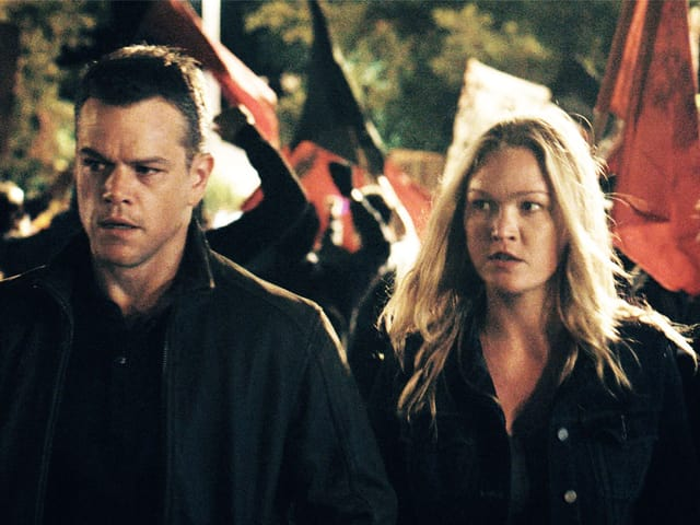 Julia Stiles und Matt Damon
