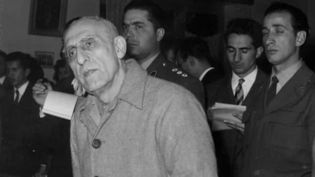Eine Aufnahme von Mossadegh im Gericht.