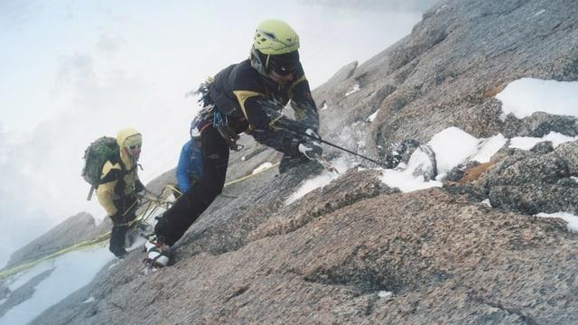 Video «Harte Tour am Fusse des Mont-Blanc (2)» abspielen