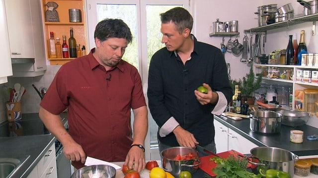 Video «Gelbe, grüne und rote Tomaten vom Marktfahrer aus Luzern» abspielen