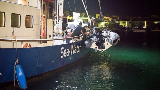 Die Sea Watch im Einsatz.
