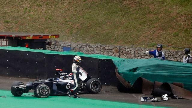Auch Pastor Maldonado hatte eine kuriose Saison: Ein Premierensieg - und ein Crash zum Abschluss in Sao Paulo.
