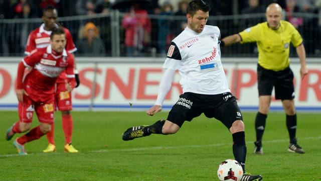 Der FC Aarau profitiert bei der Sponsorensuche von der Medienpräsenz – Bilder der Spieler sind in Medien gut vertreten.