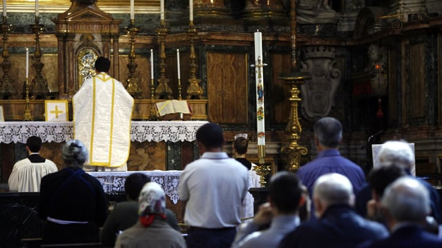 Cartents durant ina messa tridentina a Roma l'onn 2007.