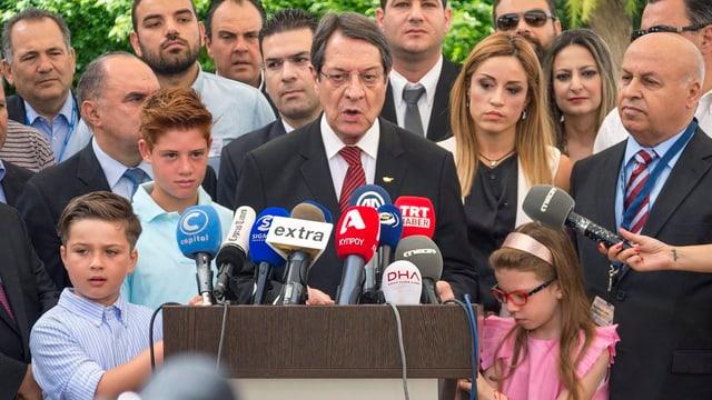 Nicos Anastasiades bei einer Medienkonferenz.