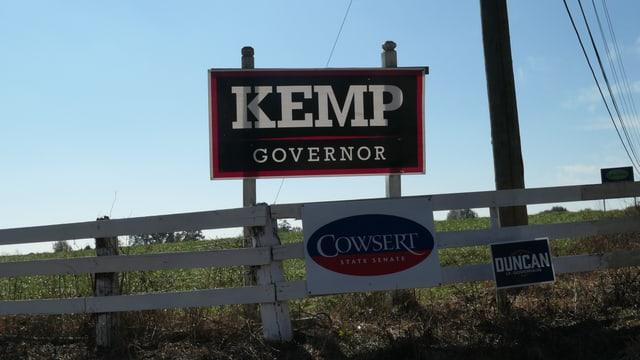 Dreissig Autominuten südwestlich liegt Walton County. Der Bezirk ist eine Bastion der Republikaner und wählte Brian Kemp zu fast 60%.