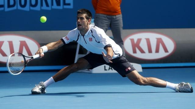 Nur selten musste sich Novak Djokovic derart strecken.