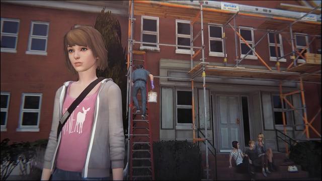 Max steht vor ihrem Dorm, doch die Zicken lassen sie nicht rein.