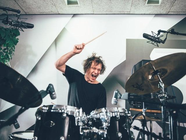 Die Young Gods haben den perfekten Schluss zum Schweizer Musiktag 2019 geliefert.