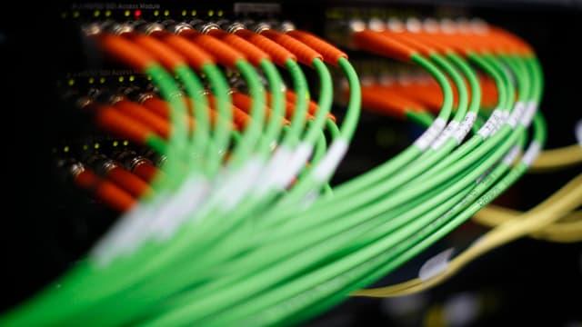 Viele, viele Kabel