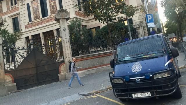 Polizeiwagen in Barcelona