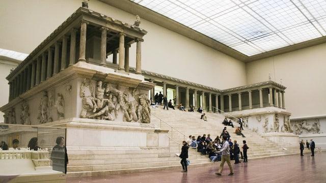 Kunstvandalismus Anschlage In Berliner Museen Wer Steckt Dahinter Kultur Srf