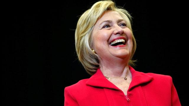 lachende Hillary Clinton