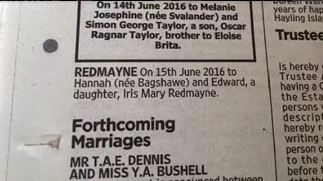 Zeitungsinserate von der Geburt Eddie Redmaynes Tochter