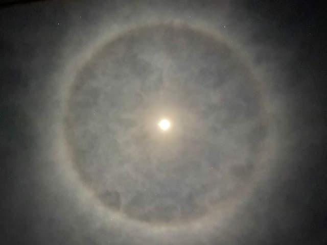 Am 8. Januar 2020 war dieser Mondhalo in Brünisried zu sehen.